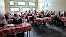 Afganistan'da kız öğrencilerin lise eğitimi aldıkları tek yer: Mezar-ı Şerif