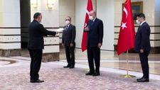 Azerbaycan'ın Ankara Büyükelçisi Mammadov,Erdoğan'a güven mektubu sundu