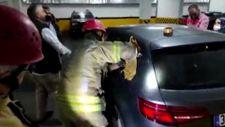 Esenler'de otomobilde kilitli kalan 1 yaşındaki çocuğu itfaiye kurtardı