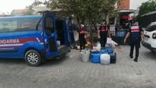 İzmir'de evinde sahte içki üreten şahıs yakalandı