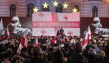 Gürcistan'da eski Cumhurbaşkanı Saakaşvili'ye destek yürüyüşü
