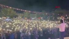 Harran Üniversitesi'ndeki konserde sosyal mesafe unutuldu