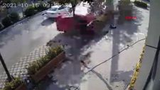 Tuzla'da kaldırımda yürüyen yaya kazadan saniyelerle kurtuldu