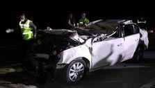 Eskişehir'de otomobille tırın çarpıştığı kazada eski emniyet müdürü ve oğlu öldü