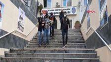 İstanbul'da çaldıkları lüks otomobili internetten satmaya çalıştılar