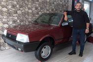 30 yıllık Tofaş otomobilini yeni gibi saklıyor