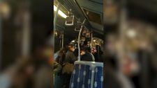 Arızalanan metrobüsteki yolcular araç değiştirdi