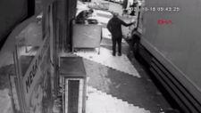 Şişli'de hırsız, kamyondan 2 cep telefonu çaldı