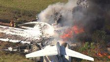 ABD'de pistten çıkarak bariyere çarpan uçaktaki 21 kişi kurtuldu