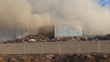 Osmaniye'de geri dönüşüm fabrikasında çıkan yangın