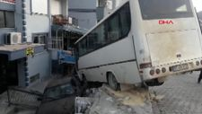 Aydın'da otobüsün altında kalmaktan son anda kurtuldu