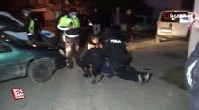 Düzce'de dur ihtarına uymayan araçla kaçan 2'si kadın 4 kişi yakalandı