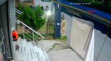 Ümraniye'de motosikletli iki kişi, park halindeki motosikleti çaldı