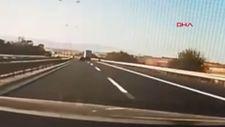 Hadımköy'de iki otomobil sürücüsü yarışırken böyle kaza oldu