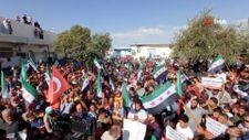 Suriye'de PKK'nın evlerinden ettiği Haleplilerden protesto gösterisi