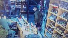 Cinayet şüphelileri kanlı kıyafetlerini silerken kameraya yakalandı