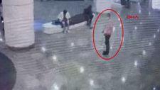 İstanbul'da AVM'de hırsızlık kamerada