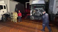 Balıkesir'de yola dökülen salçalar nedeniyle 18 araç birbirine girdi