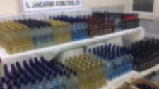 Manisa'da, araçtan 701 şişe kaçak içki çıktı