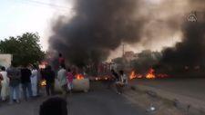 Sudan'da halk, darbe girişimine karşı sokakta