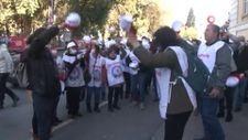 Üç yıldır zam alamayan Bakırköy Belediyesi işçileri greve başladı