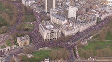 Londra'daki Brexit karşıtı yürüyüşün havadan görüntüleri