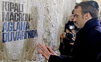 Macron Ağlama Duvarı'nda