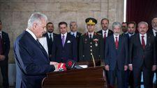 Meclis Başkanı Yıldırım Anıtkabir'i ziyaret etti