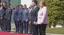Merkel'i Ukrayna'da titreme krizi tuttu