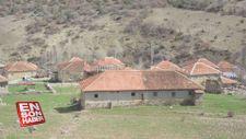25 hanelik köyde 14 kişi yaşıyor