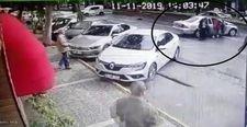 İzmir'de hırsızların kaza sonrası kaçış anları kamerada