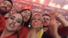 Demet Akbağ Galatasaray'ın şampiyonluk kutlamasına katıldı
