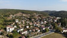 İstanbul'a 50 kilometre uzaktaki köyde kendilerini izole ettiler