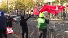 Cumhurbaşkanı Erdoğan ABD'de kaldığı otelden vatandaşları selamladı