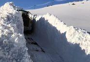 Hakkari'de kar kalınlığı yer yer 5 metreyi geçti