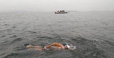 Kuzey Kanalı'nı yüzen en yaşlı Türk: Kamil Alsaran