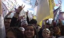 HDP mitinginde Öcalan propagandası