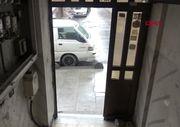 Sultangazi'de güpegündüz apartmanın kapısını çaldılar