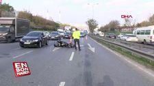 Esenyurt'ta tıra çarpan motosiklettekiler yaralandı