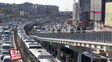 Florya'da metrobüs arızalandı