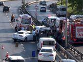 Sefaköy'de trafik kazası: 2 yaralı