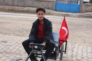 Sivas'ta kendi otomobilini üretti