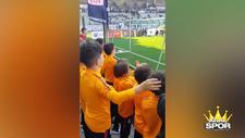 G.Saraylı çocuk futbolculardan F.Bahçe'ye destek