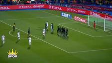 Mahrez'in frikik golüyle Cezayir finale çıktı