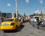 Polis eksik evraklı taksicilere cezayı kesti