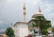 Tokat'ta caminin minaresine yıldırım düştü