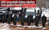 Konya'da tören mangasındaki askerlere montlarını giydirdiler