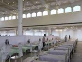 Hindistan'da ibadet alanları hastaneye dönüştürülüyor
