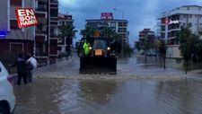 İzmir Seferihisar'ı sel vurdu