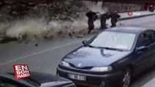 Yoldan geçen kadınlar saniye ile ölümden döndü